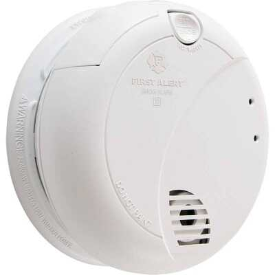 First Alert Plug-In 120V Photoelectric Smoke Alarm with Battery Back-Up